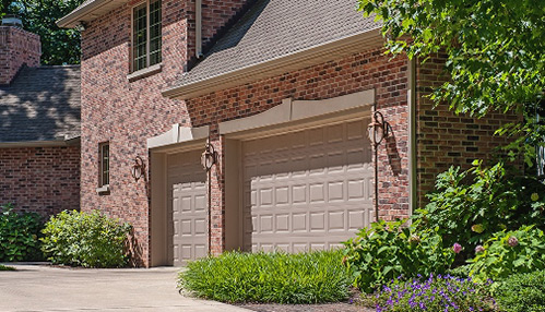 raised-short-panel-garage-door